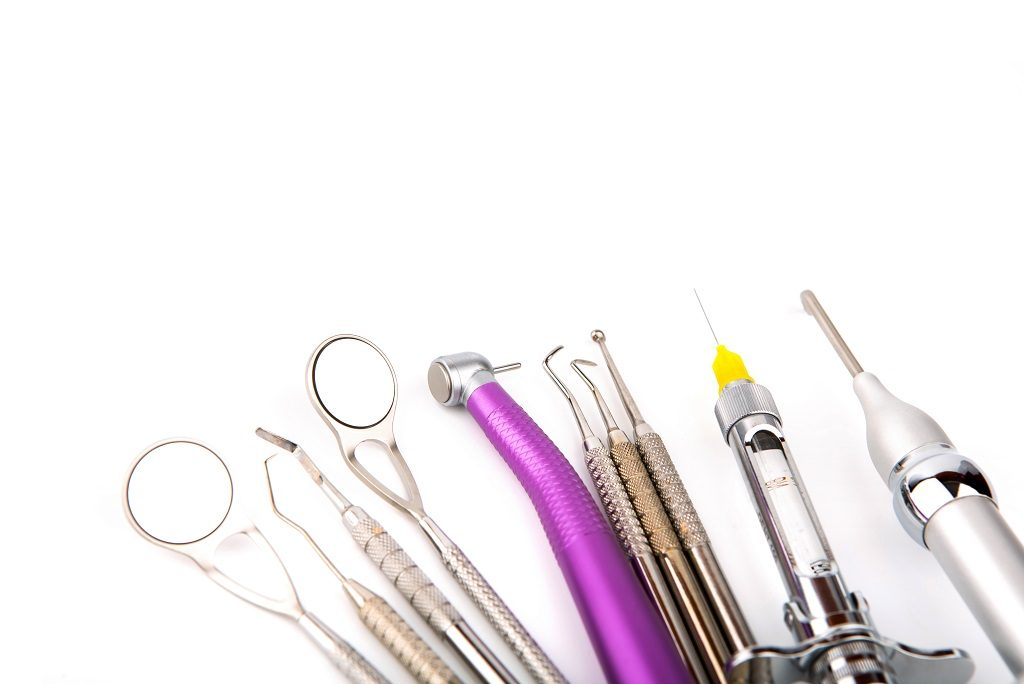 7 Common Plastic Dental Equipment