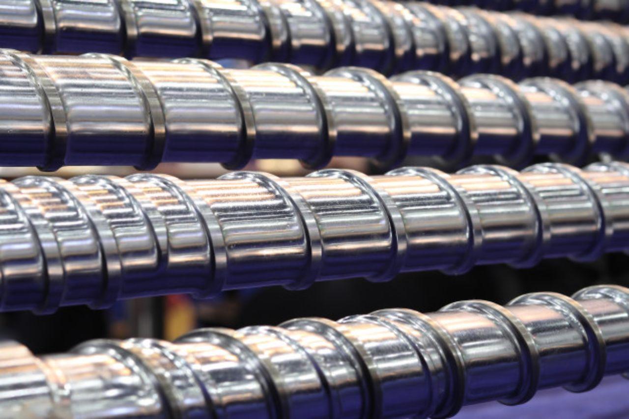 High-tech injection molding equipment